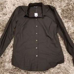 NWT Gap black tailored button up shirt size M
